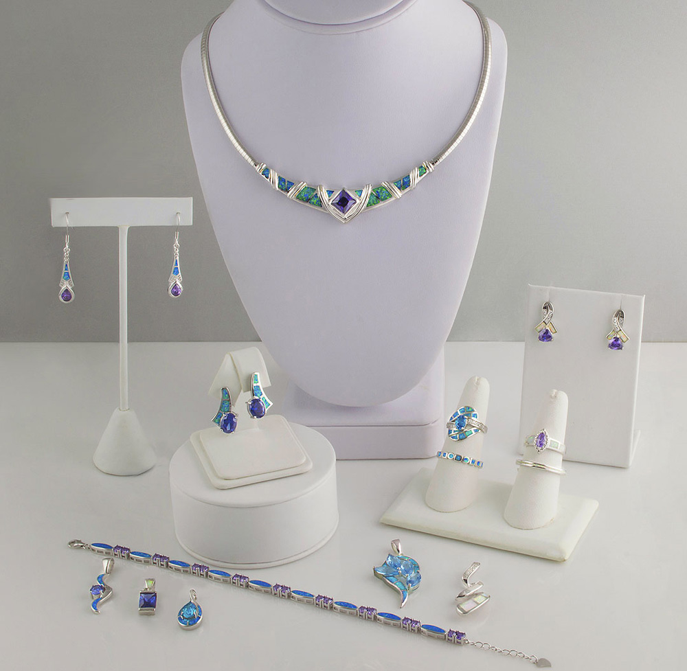 Select Lines Jewelry and Displays Products