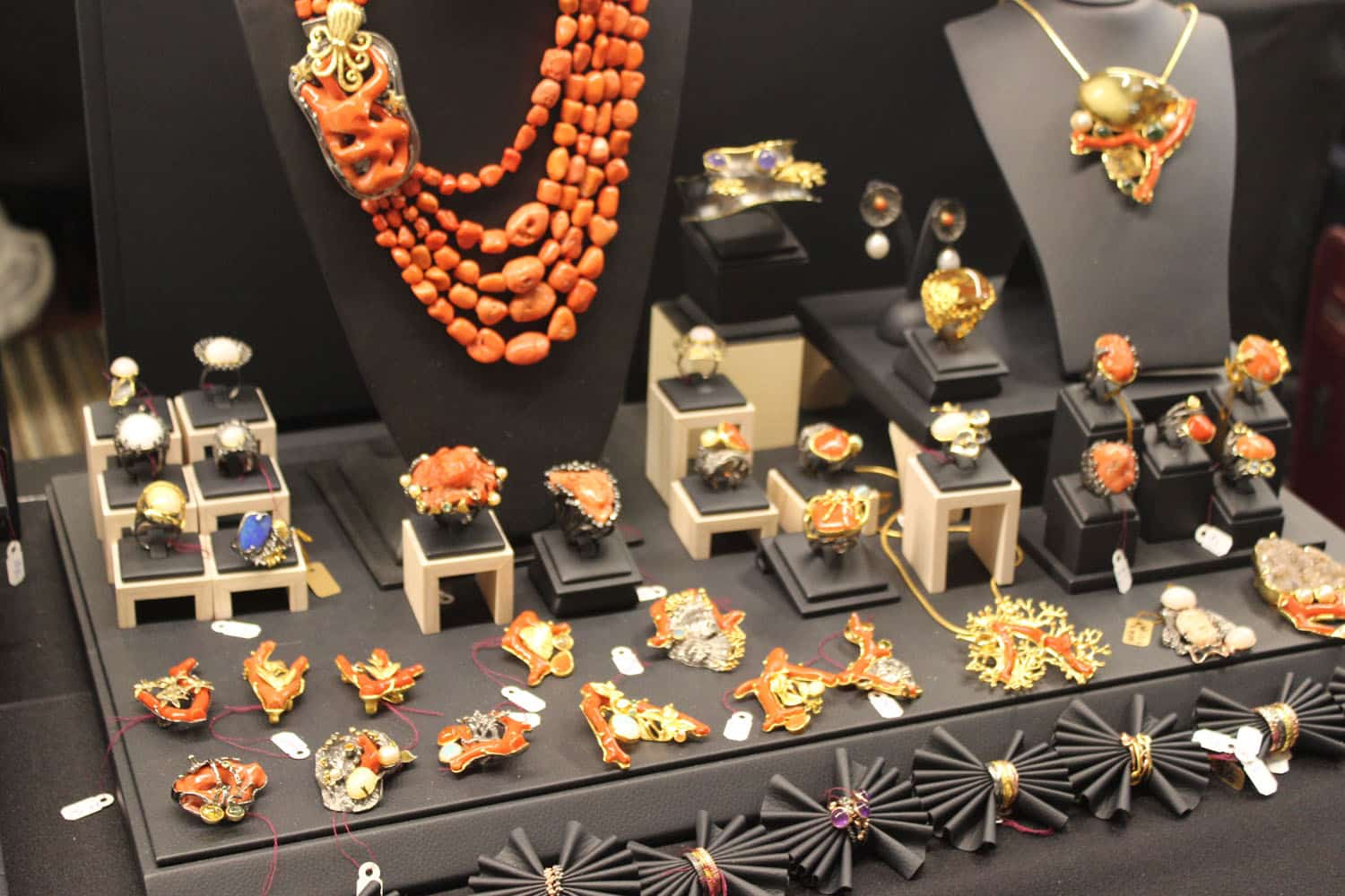 Pictures From Jewelry Show 79